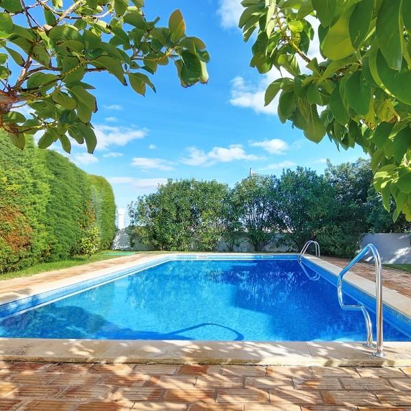 Pool_eigener_Swimmingpool_Blog