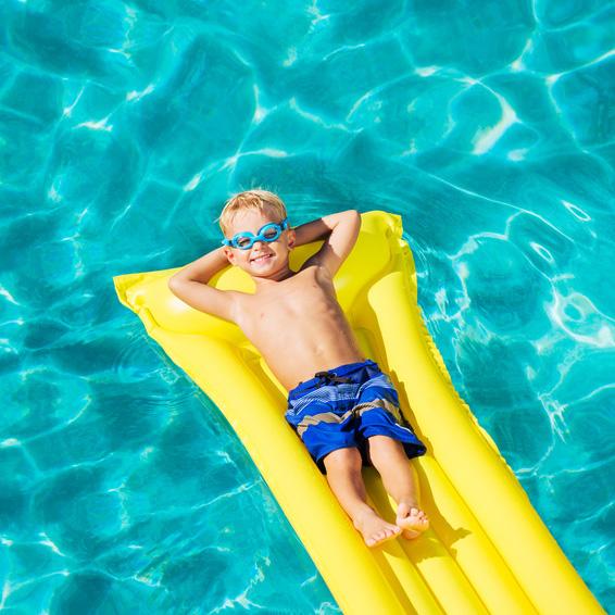 Spiele-Tipps fuer Pool, See und Meer